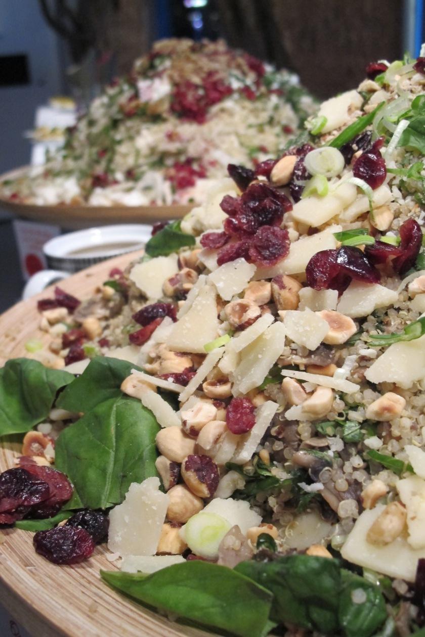 Quinoasalat mit Cranberry und Basilikum _gib Bianca Futter!