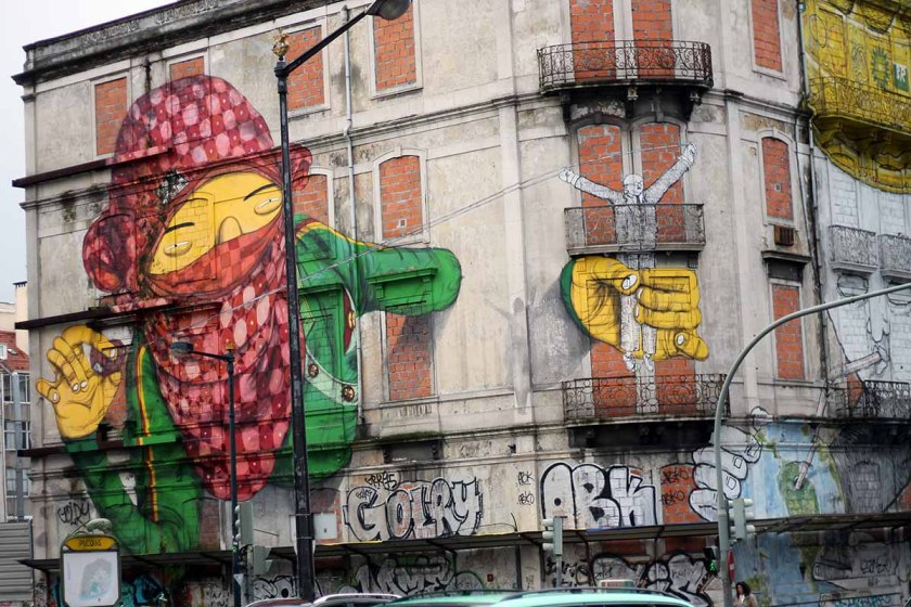 Hausgraffiti in Lissabon