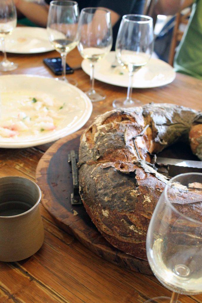 Fisch, Wein und Brot