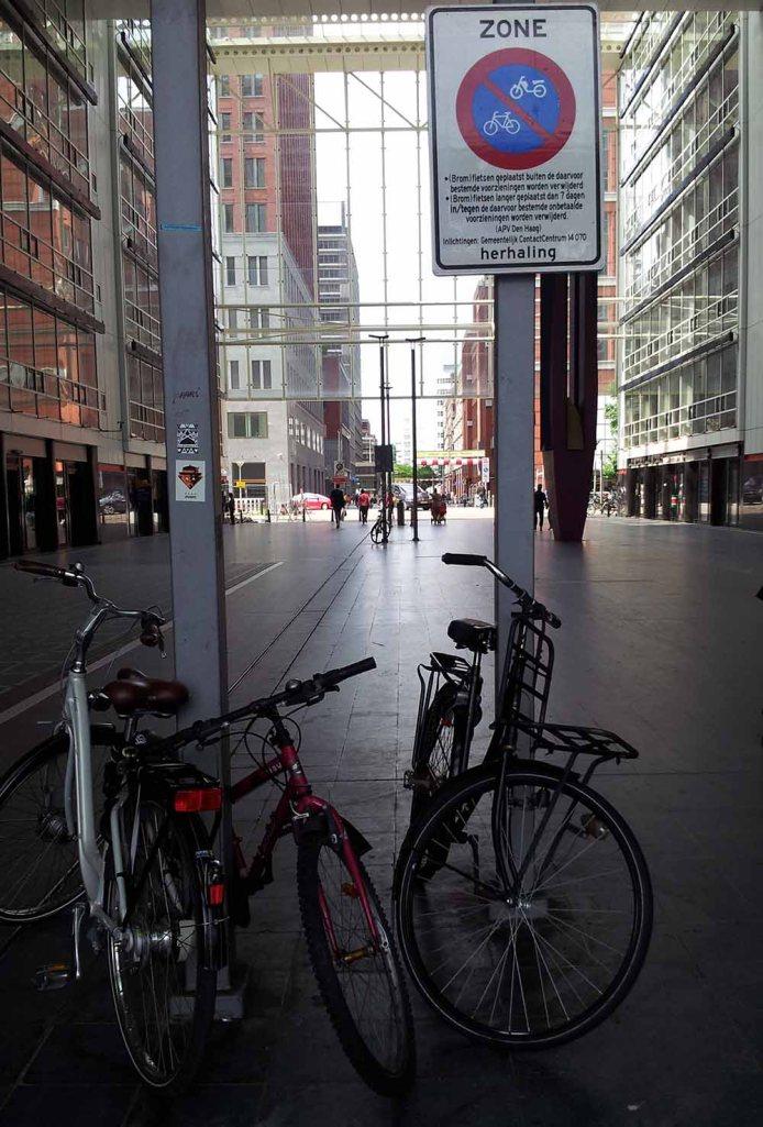 Parkverbot für Räder