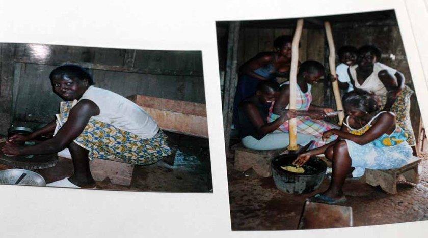 ein Foto von meinen analogen Fotos von der Küche auf der Elfenbeinküste