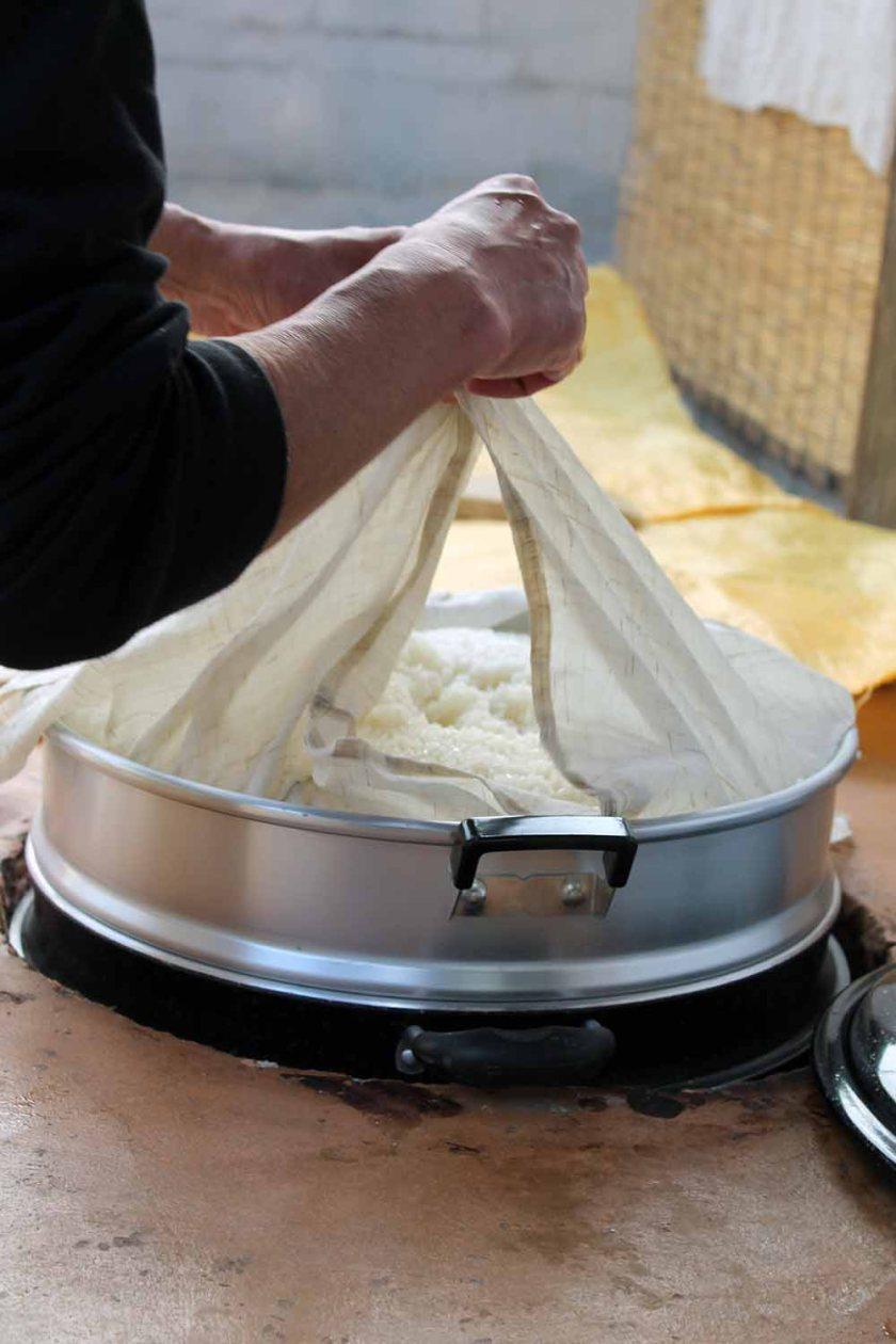 2. Schritt Reis wird gekocht