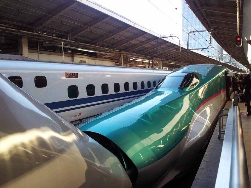 Der Shinkansen wartet auf mich.