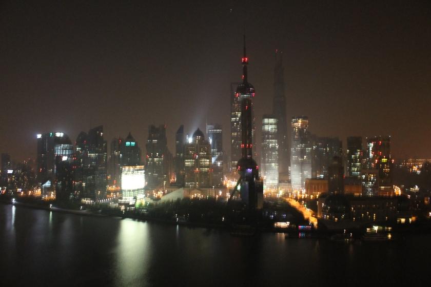 Shanghai by Night. Nicht so übel diese Ansicht.