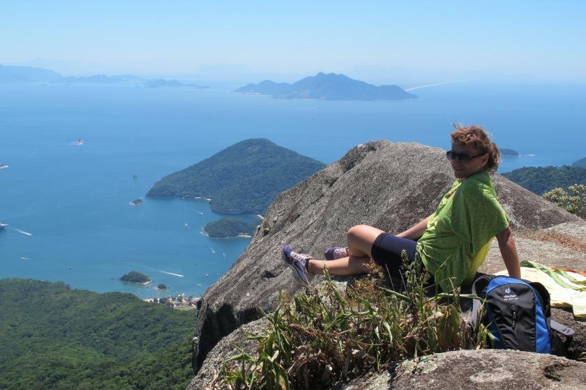 von der Hängematte direkt auf den Berg @Ilha Grande