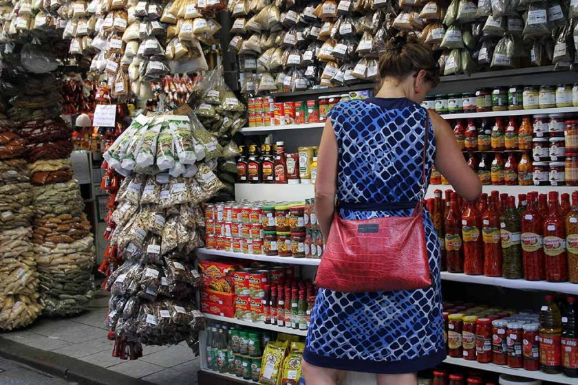 Einkaufen am Markt vor dem Kochkurs