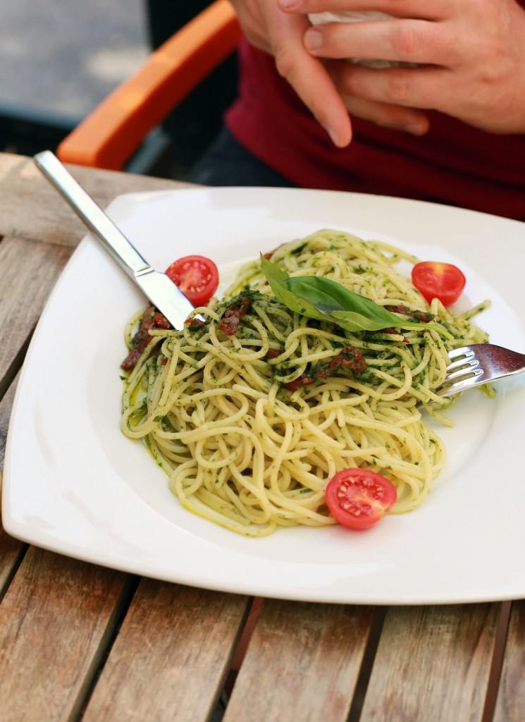 Vegane Spaghetti keine Kunst