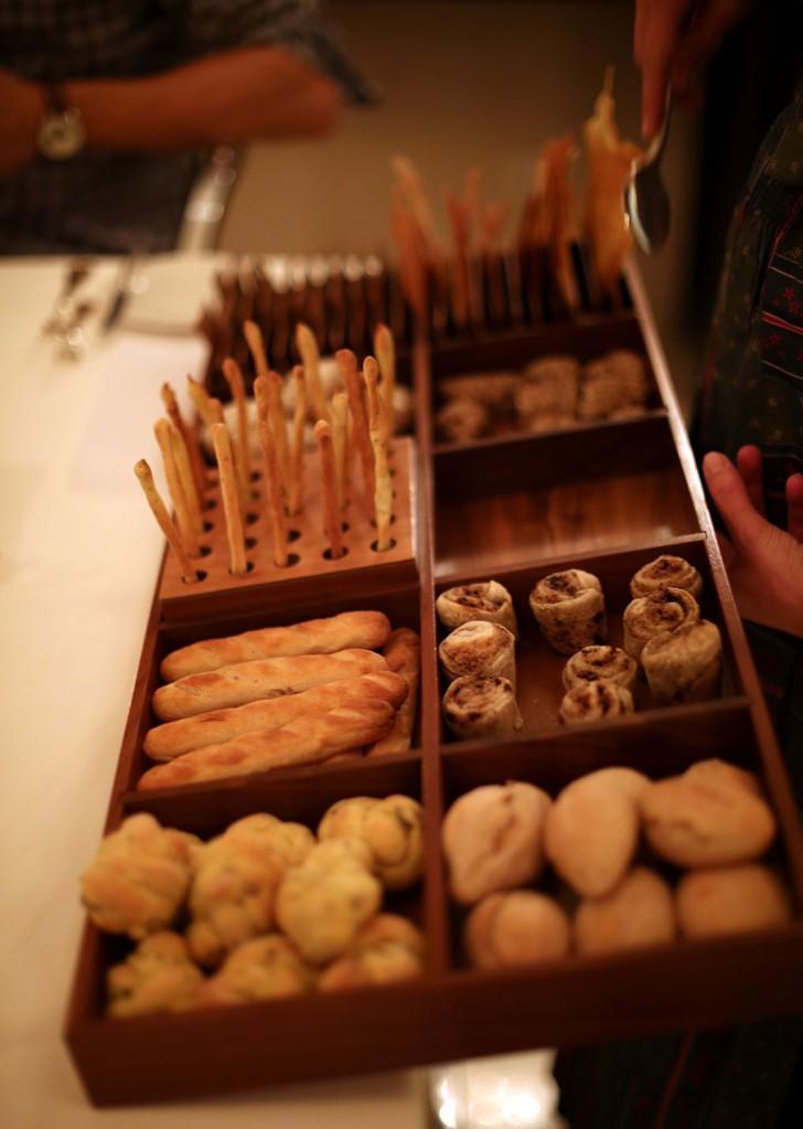 der Brot-Bauchladen