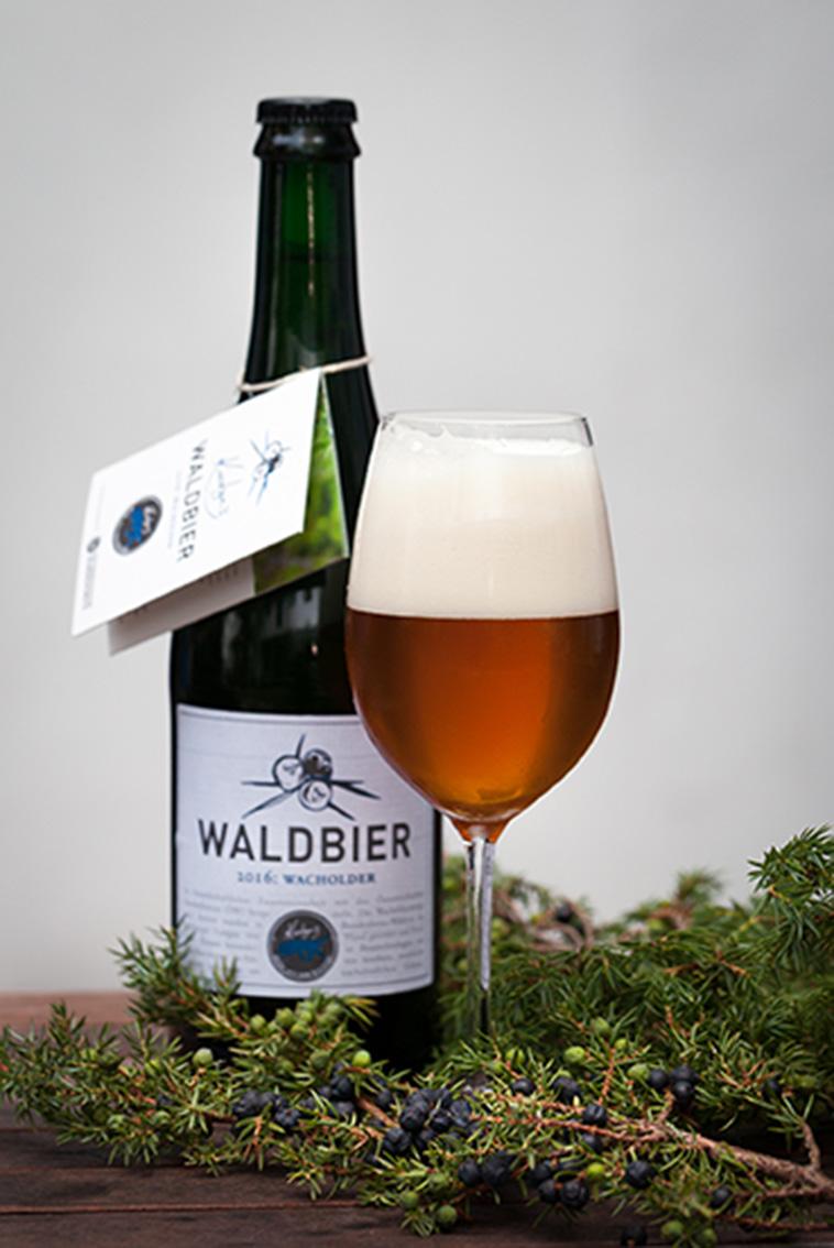 Das Waldbier Jahrgang 2016 Wacholder